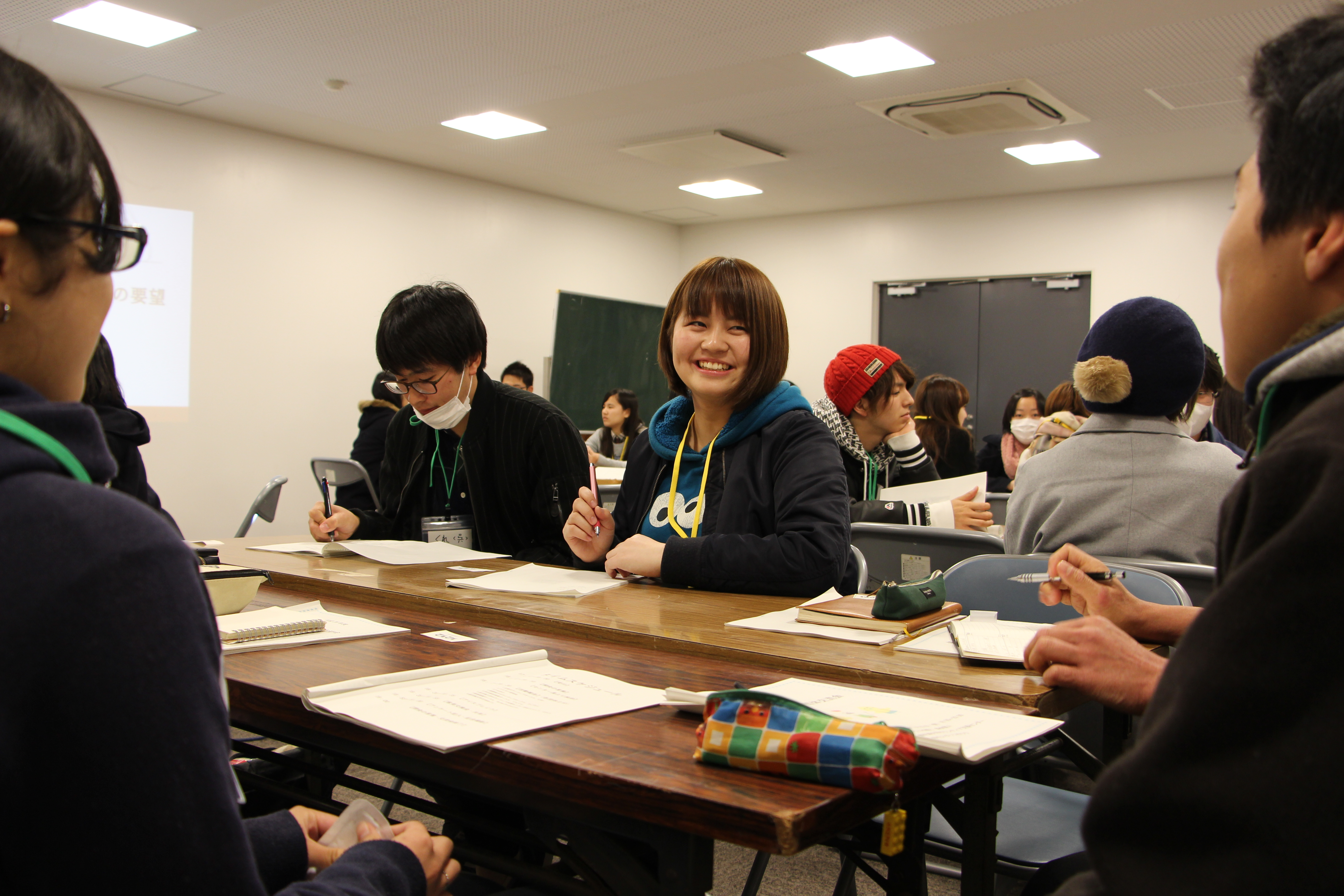 http://www.kagoshima-u.ac.jp/volunt/main/%E4%BA%A4%E6%B5%81%E4%BC%9A%E3%81%AE%E5%86%99%E7%9C%9F%E9%A2%A8%E6%99%AF%EF%BC%92.JPG