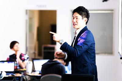 関西学院大学時任隼平先生