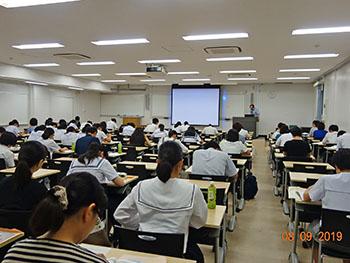 190803_oc04-hoken02_sagyou.jpg
