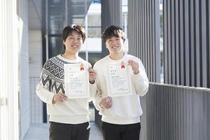 【法文学部】学生が全国小論文コンテストで最高賞を受賞