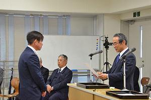 焼酎マイスター養成コース第8期修了式を開催