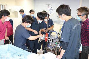 鹿児島大学病院で厚生労働省ECMOチーム等養成研修事業を開催